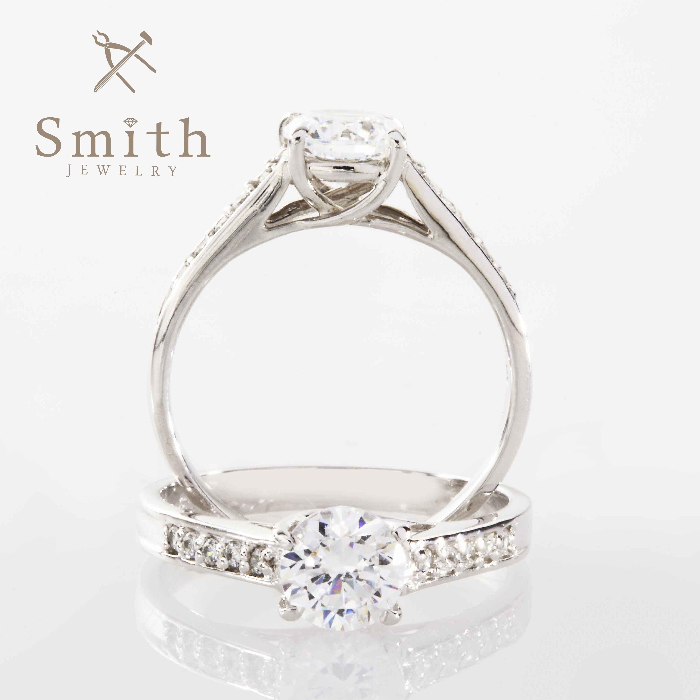 【Smith】オーダーメイド婚約指輪 大切なダイヤモンドをより美しくみせる王道デザイン